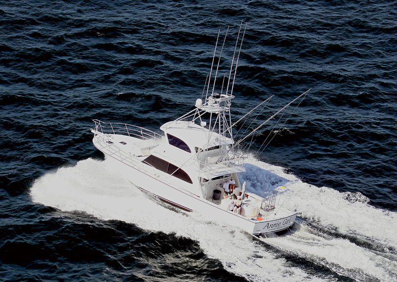 how to work on a charter boat